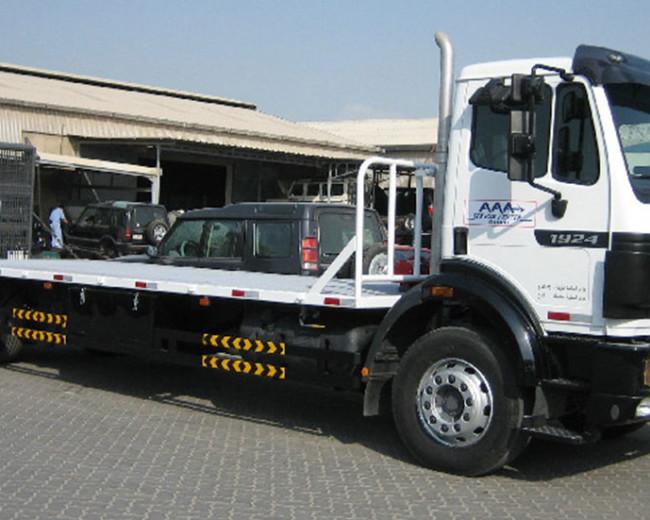 Mercedes 4×2 Platform Truck