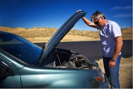 Why Visit a Service Center: Dubai's Top 5 Car Problems - AAA