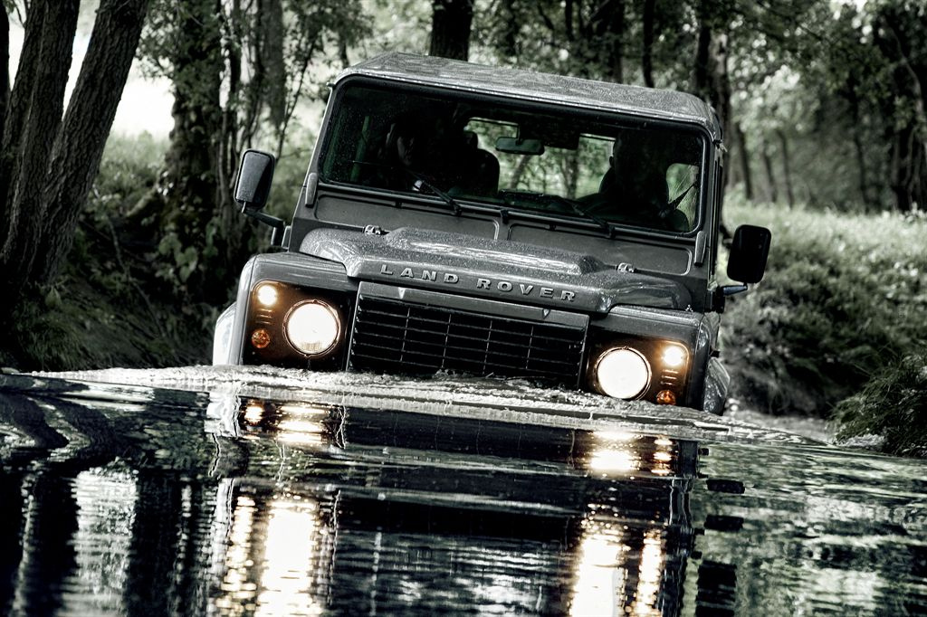Race to bring competing Land Rover Defenders to Dubai