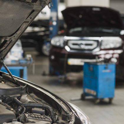 Car Repair & Servicing Workshop/Garage in Dubai | AAA Service Center
